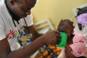 Niger 2012: Ernährungsprogramm für mangelernährte Kinder in Maradi.